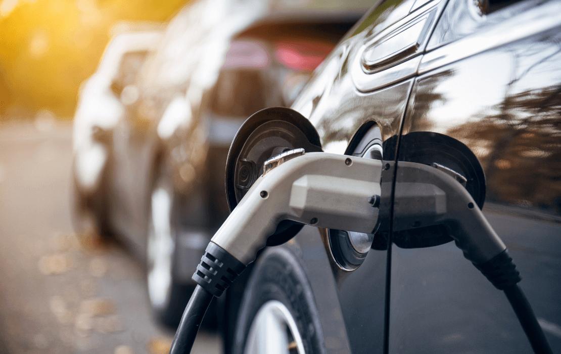 Electric Vehicle Blog Header (1)